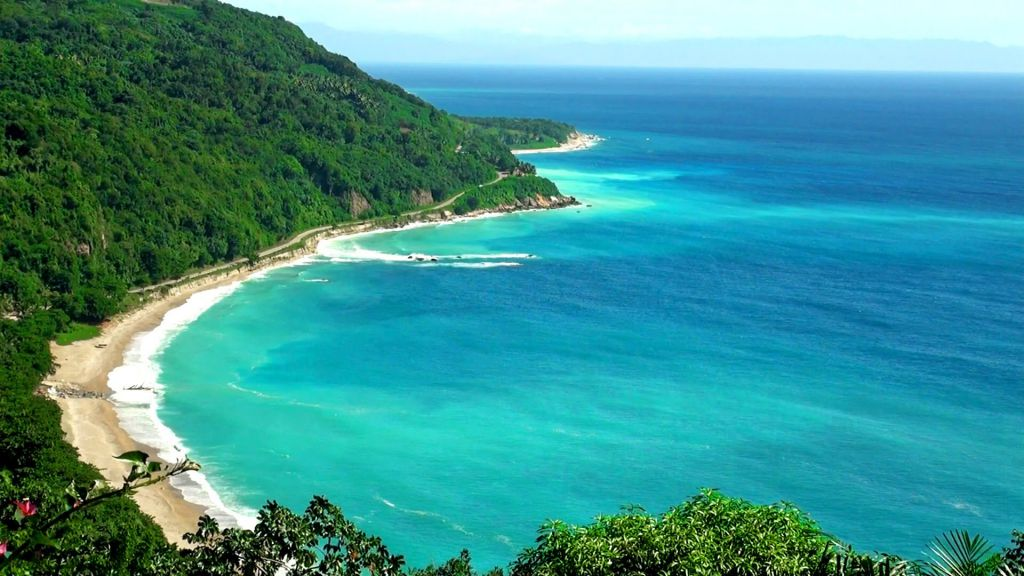 The 10 Best Islands Of The Caribbean Sea To Discover On Board Of A