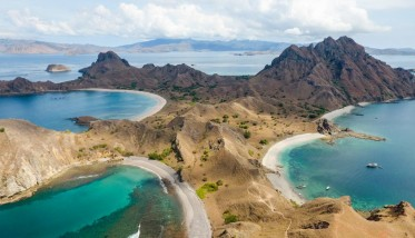 Discover Komodo Islands on board of Adeelar