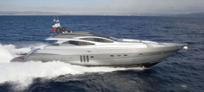 Pershing, the super sport yacht of the sea for discovering Ibiza and the Balearic Islands